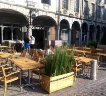 Chaise alu teck terrasse amarine arras plaza mobilier