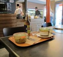 plateau de  restaurant stratifié