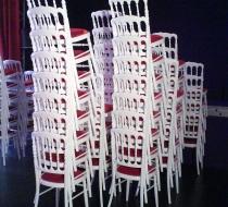 chaise réception napoleon empilable