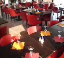 mobilier restaurant rouge