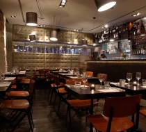 restaurant ambiance nuit