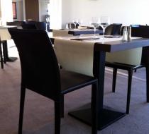 chaise restaurant cuir