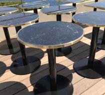 plateau de table ronde marbre cadre laiton
