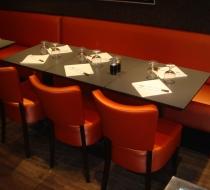 banquette et chaise orange confortable mousse hr