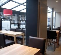 table bois pizzeria