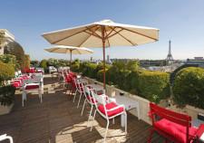chaise plaza outdoor terrasse hotel raphael